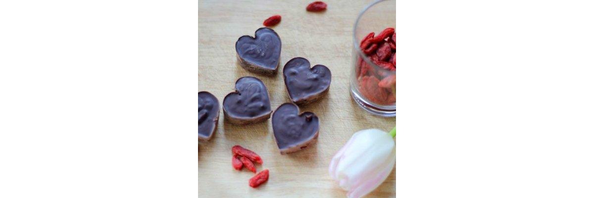 """Was Leckeres für Eure Liebsten: """"Superfood""""-Herzchen zum Valentinstag -"""